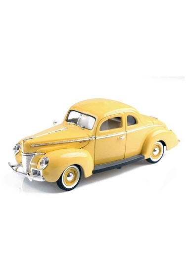 1940 FORD Deluxe 1/18-Motor Max